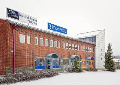 Ulkokuva musiikkikoulu PiaCellon opetustiloista Palokassa, Jyväskylässä.