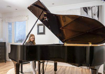 Musiikkikoulu PiaCellossa jokainen oppilas on opettamisen arvoinen, tervetuloa Jyväskylään.