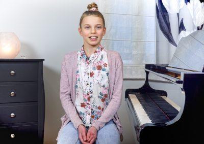 Musiikkikoulu PiaCellon pianonsoiton oppilaat suosittelevat musiikkikoulua kaikille kiinnostuneille, Jyväskylä.